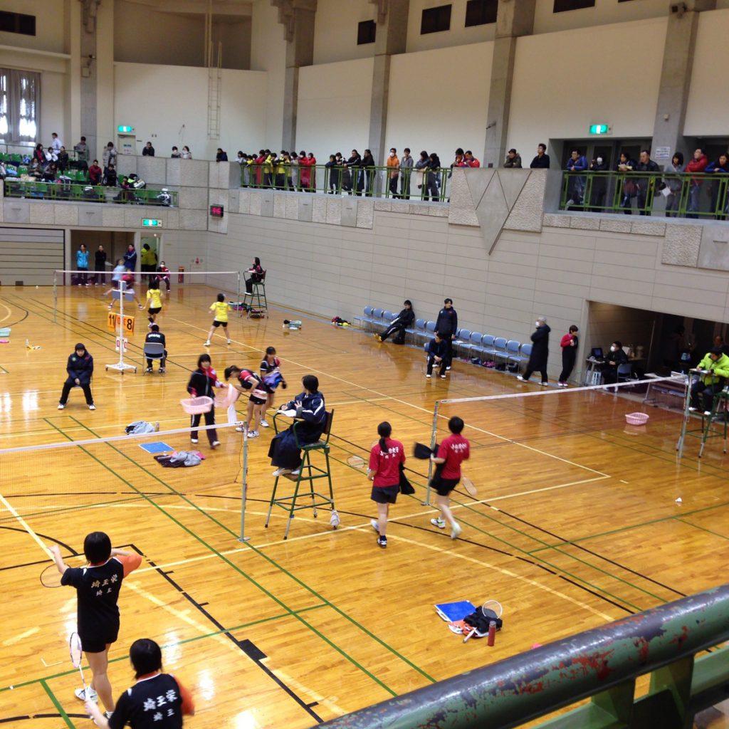 県総合バドミントン大会2015 シングルス&ダブルスに参加しました。