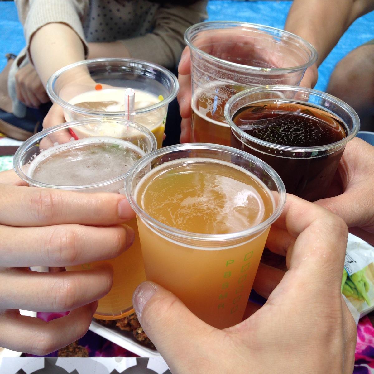 親睦会を兼ねて「けやき広場ビール祭り」に参戦しました。
